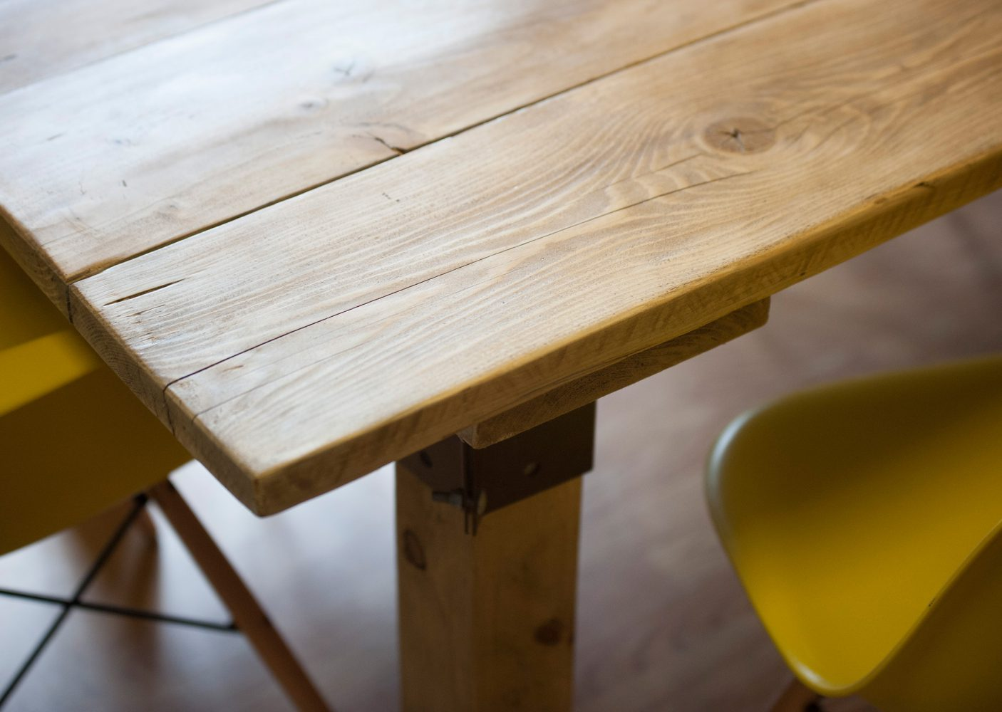 wooden-table