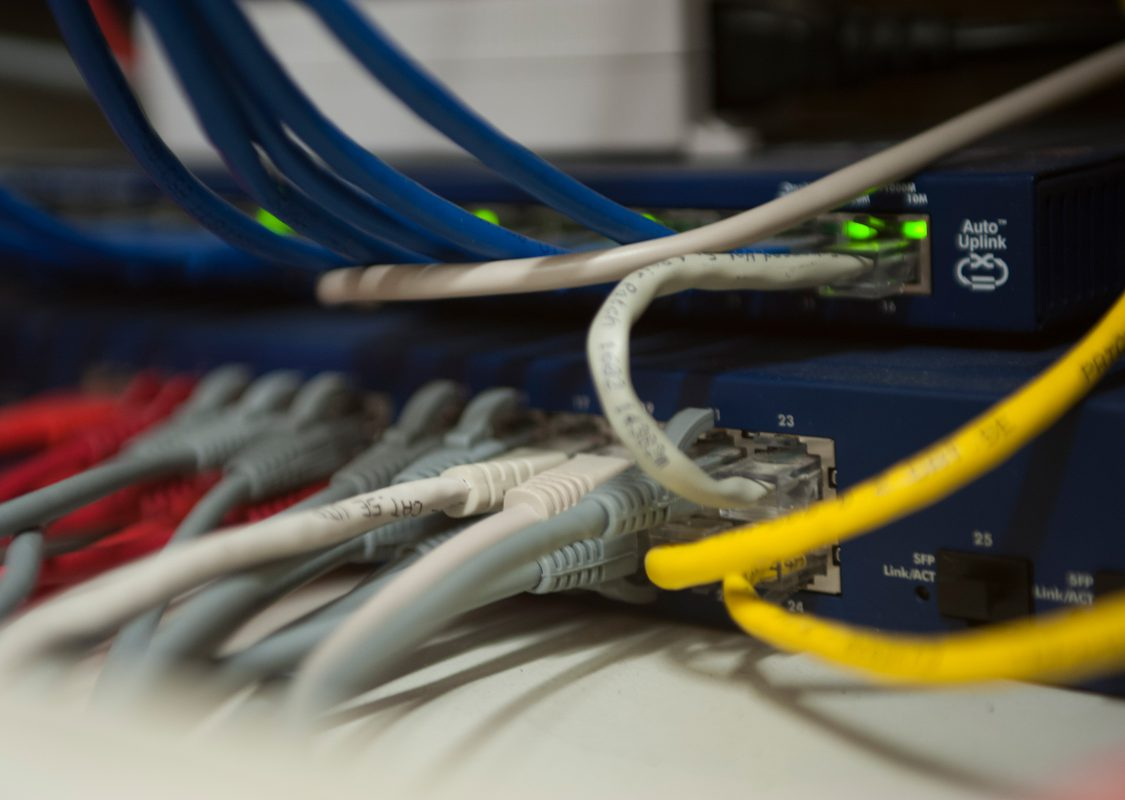 router-network-rj45-cables
