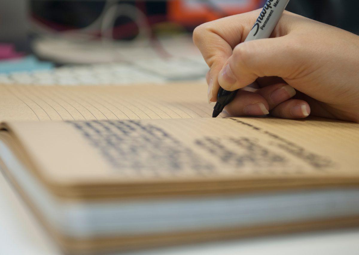 blurred-notebook-closeup