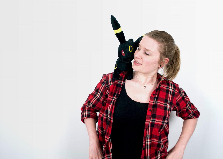 Meet Frauke & her pet Umbreon